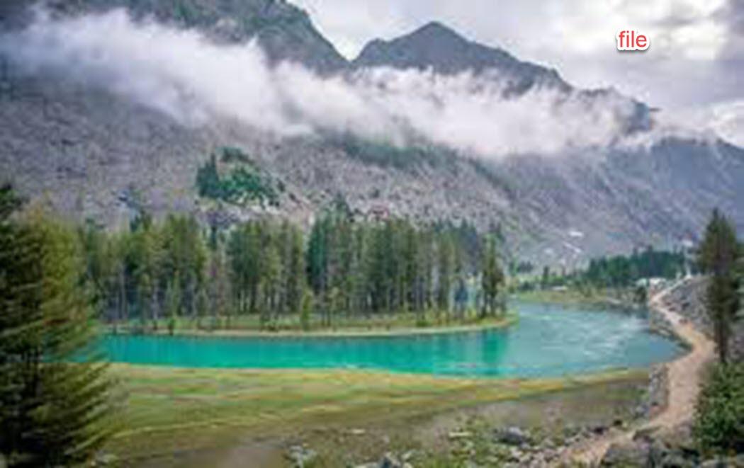 مہوڈنڈ جھیل کی بندش،برف نہ ہٹائے جانے کے باعث عوام اور سیاحوں کو مشکلات