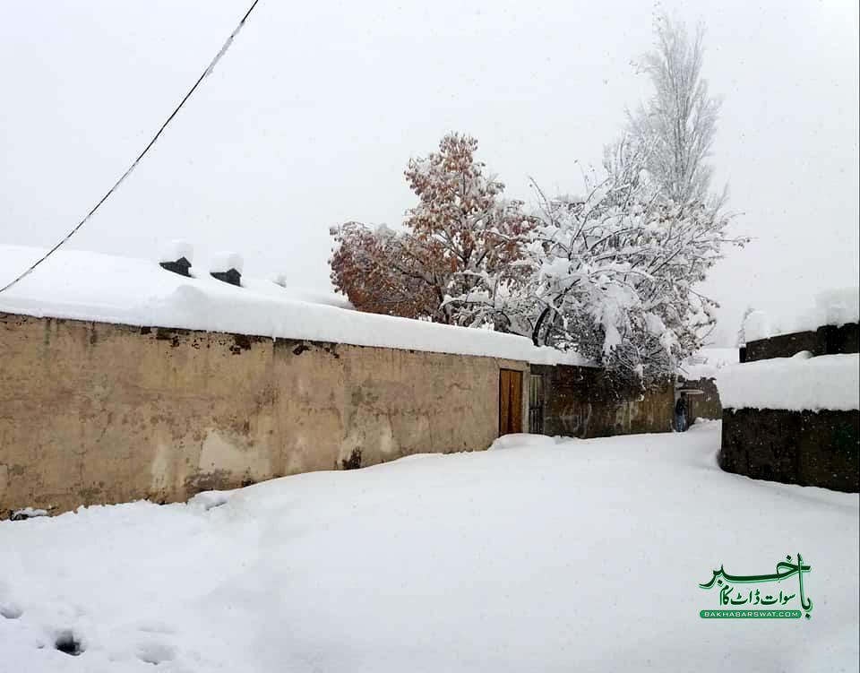 کالام اور دیگر بالائی علاقوں میں برف باری،موسم مزید سرد ہوگیا